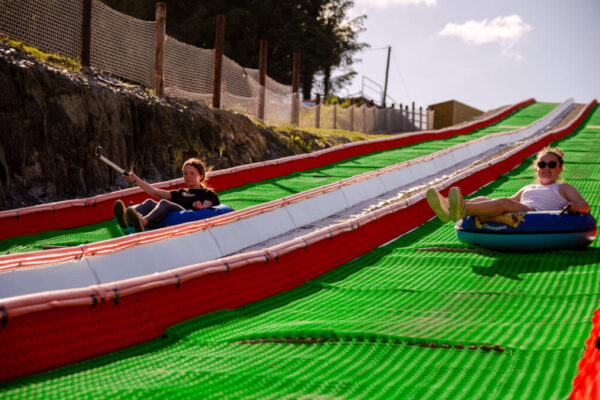 Smugglers_Cove-Tubing-Fun-with-friends